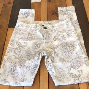 Kut from the Kloth Paisley Print Jeans NWOT